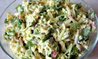 Весенний полезный салат