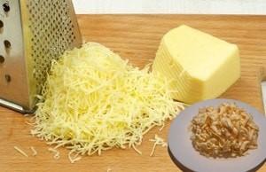 Яйца с сыром и луком