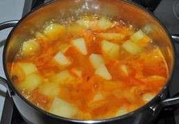 Тефтели в картофеле