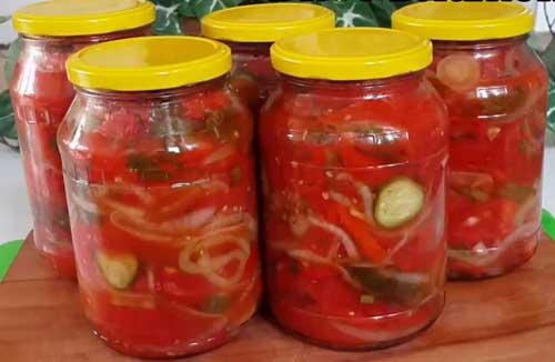 Зимний салат из свежих помидор и огурцов
