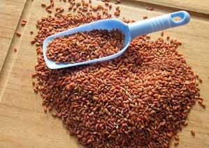 Коричневый не шлифованный рис.
