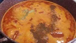 Фасолевый суп нужно посолить