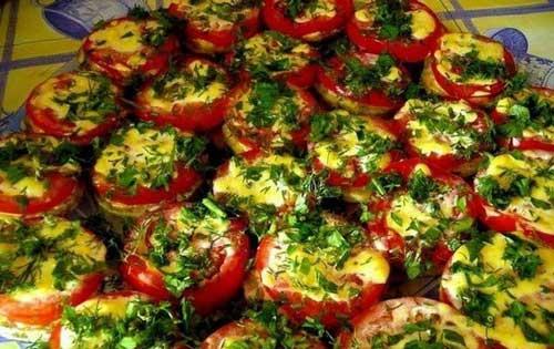 Кабачки со свежими помидорами