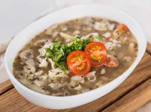 Фасолевый суп с капустой.