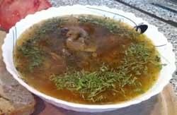 Добавить в суп с грибами зелень.