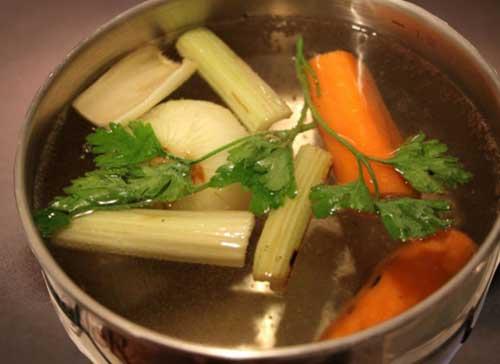 Как варить бульон из овощей.