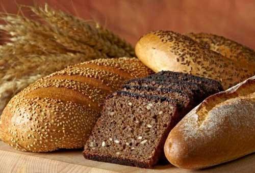 Хлеб черный и белый