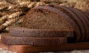 Черный хлеб из ржаной муки